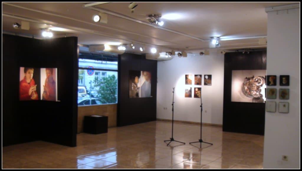 Част от интериора на изложбата