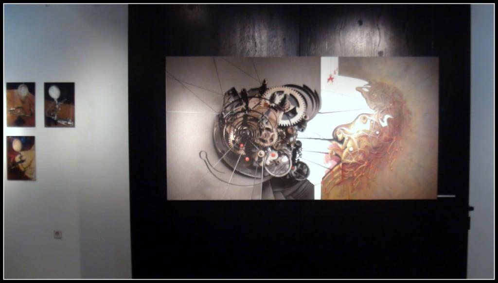 """Боряна Перчинска ни показва """"механизма на разрушаването"""", като аналогичен на часовниковия механизъм – тоест, най-главният агент на разрушаването е времето."""